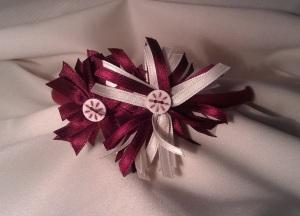 Diadema flores granate y blanco 1