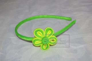Diadema verde y amarillo